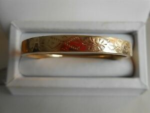 PRETTY ENGRAVED GOLD VINTAGE BANGLE