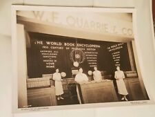 World book encyclopedia vintage picture  Chicago 1933 kaufmann fabry photo