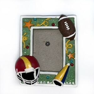 "OFFICIAL SPORTS Football 3X2"" MAGNETIC PICTURE FRAME - REFRIGERATOR"