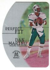 2000 SKYBOX MOLTEN METAL #3 of 10 DAN MARINO PERFECT FIT SILVER