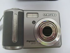 Samsung Digimax D73 7.2MP Digital Camera Silver