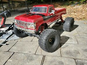 Kyosho 1/8 Scale RC 25 Nitro 4WD Monster Truck MAD CRUSHER Ready Set 33153 Extra