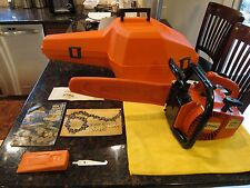 STIHL 015 L CHAINSAW INCLUDES FACTORY CASE (2) MANUALS, TOOL, WEDGE GREAT COND.