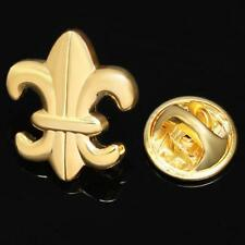 FLEUR DE LYS GOLD LAPEL PIN BADGE HAT / TIE TACK PIN BROOCH