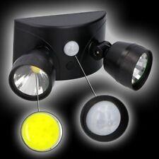 Grundig COB Sicherheits Fluter 250 LUMEN Batteriebetrieben LED 2 Leuchte Schwarz