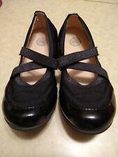 L@k So (Kohl's) Youth Girls Black Shoes Size 4 Flexible Comfortable Outsole Euc