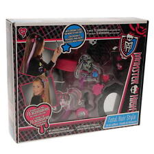 Monster High Total Hair Style Studio - 70 Accessories ..sealed