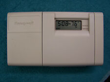 Honeywell T8112D1013 5-2 day Programable Thermostat T8112D