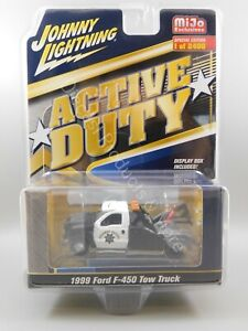 Johnny Lightning Active Duty Highway Patrol 1999 Ford F-450 Tow Truck 1:64 Scale
