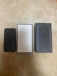 Apple iPhone 7 - 32GB - Jet Black