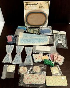 Dollhouse Miniature Lot Vtg Lace Curtains Rugs Pillows Towels Cushions 1:12