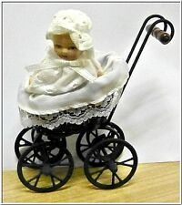 Nostalgie Miniature Poussette enfant avec Porcelaine Poupée