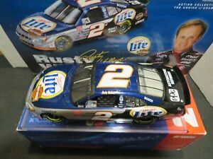 ACTION RUSTY WALLACE 2001 #2 MILLER LITE FORD TAURUS 1:24 DIECAST (MINT)