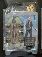 The X Files: 2 figurines :Agent Fox Mulder + Agent Scully-McFarlane Toys série 1