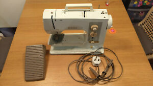 Bernina 801 Sport sewing machine
