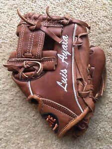 """Chikote Luis Ayala 10.5"""" Youth Infield Baseball Glove"""