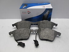 FRONT BRAKE PADS FIT AUDI A4 97 09 A6 ALLROAD QUATTRO 04 11 A8 03 10 SEAT EXEO 0