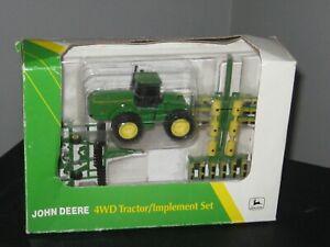 John Deere 4WD Tractor/Implement Set  -  1993