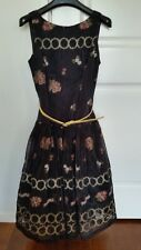 City Chic,fit & flare dress, fully lined,with petticoat, size 8, gorgeous. Races