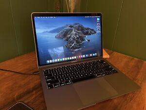 MacBook Air (Retina, 13-inch, 2018, Intel) 500GB SSD, 16GB RAM