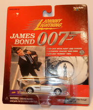 DIE CAST JOHNNY LIGHTNING  JAMES BOND 007 THE WOLRD IS NOT ENOUGH BMW Z8 1/64 b