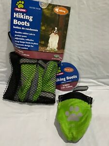 Hiking boots for a Medium size dog - Green