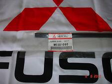 MITSUBISHI FUSO CANTER 2012-2013 WIPER BLADE REFILLS MK581090