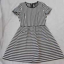 FOREVER 21 juniors Sm black white striped s/s stretch dress MINT
