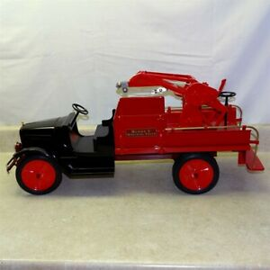 """Buddy L Wrecking Truck """"T Reproductions"""" Limited Edition #153/475"""
