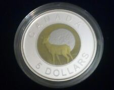 THE CANADA COMMEMORATIVE STERLING SILVER & NIOBIUM 5 DOLLARS COIN 2011 .