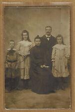 Carte Photo vintage card RPPC famille jeunes filles robe raquette tennis bt018