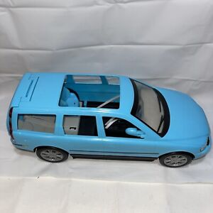 2003 Mattel Barbie Happy Family Volvo V70 Wagon B0232 Blue Car (See pictures)