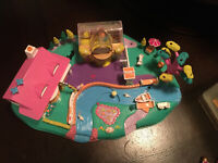Polly Pocket Vintage Magical Movin' Pollyville Complete W/O Flags Bluebird 1996