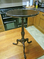 OLD ANTIQUE GEORGIAN STYLE MAHOGANY TRIPOD LAMP WINE TABLE C1910