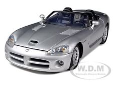 DODGE VIPER SRT-10 SILVER 1/18 DIECAST MODEL CAR BY MOTORMAX 73137