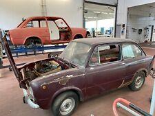 1 x Fiat 850 Limousine mit zusätzlich 1x Rohkarosserie + div. Ersatzteile