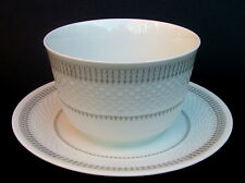 1980's Hutschenreuther Tradition Pattern Gravy or Sauce Boat & Stand - in VGC