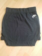 BNWOT Ladies NIKE Skirt LARGE Size 14
