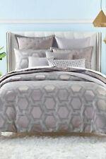 Hotel Collection Honeycomb Trellis Full/ Queen Duvet Cover Gold/Black