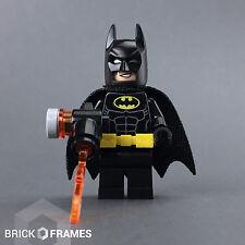 Lego Batman Minifigure w/ flame gun - BRAND NEW - The Batman Movie - 70901
