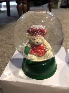 Santabear Ms Claus Chef Green Base Snow Globe Vintage! Dept 56 Dayton Hudson '87