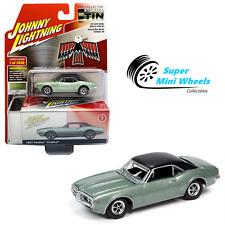 Johnny Lightning 2020 Collector Tin - 1967 Pontiac Firebird (Linden Green) 1:64
