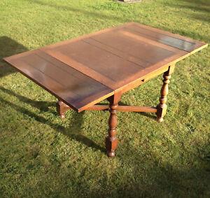 1924 Antique Solid Wood Oak Draw Leaf Extending Vintage Dining Table Seats 6