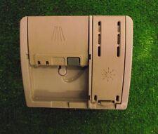 LAVASTOVIGLIE BOSCH SMS50E06GB/02 Dispenser Vassoio