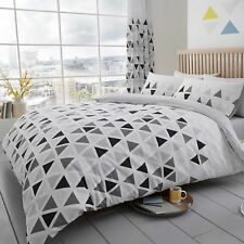 GEO TRIANGLE SINGLE DUVET COVER SET REVERSIBLE GEOMETRIC BEDDING - GREY