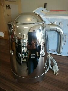 Smeg Kettle Chrome KLFO4SSUS,, Preowned Complete With Box And Instructions.....