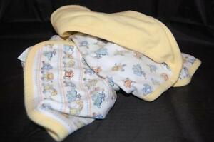 Giraffe Hippo Reversible Hooded Baby Bath Towel Yellow Toy Animals Elephant Cat