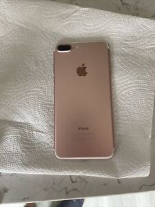 iPhone 7 Plus 128 GB (Unlocked). Casing In Very Good Condition. Cracked Screen