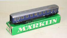 Marklin -- Voiture voyageurs avec éclairage - DB - Référence 4032