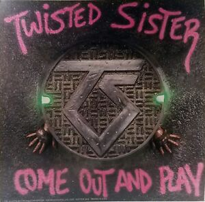"""TWISTED SISTER-""""COME OUT AND PLAY"""" Poster Flat Suitable For Framing Promo  1985"""